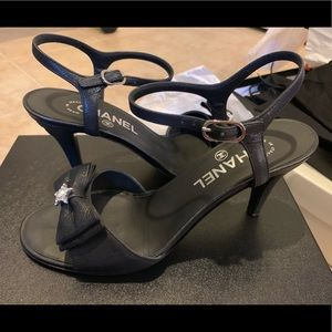 Chanel Sandals Black Leather w/ Star Crystals EU38